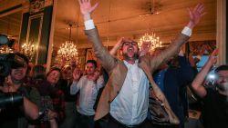 VIDEO: Dansende Van Quickenborne viert overwinning in Kortrijk