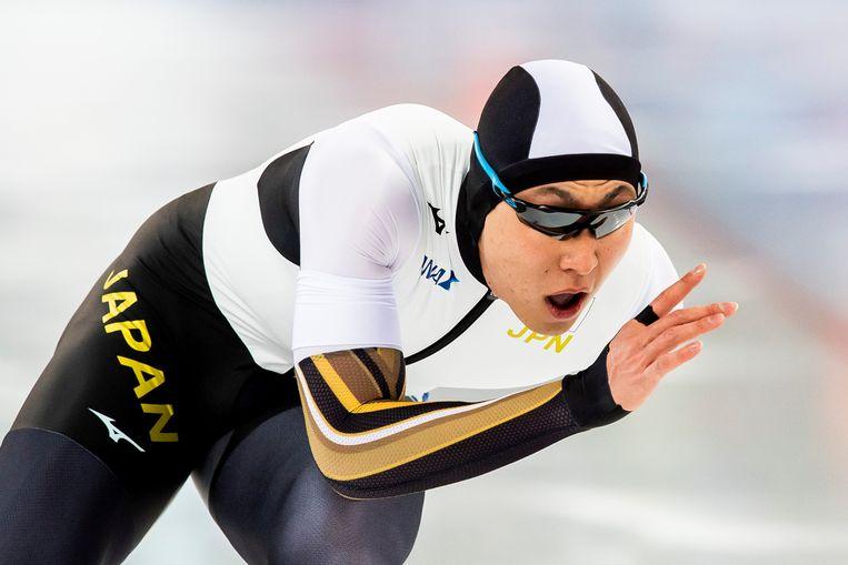 Tatsuya Shinhama op de 1.000 meter in Hamar.  Beeld Reuters