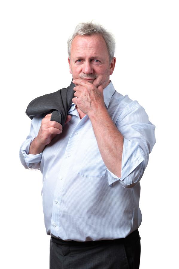 Egbert Jan Riethof (65) is journalist. Hij heeft een dochter (26) en een zoon (24). Egbert Jan woont in z'n eentje in een huis met drie verdiepingen.