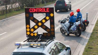 Politie roept op om coronamaatregelen te blijven respecteren: opnieuw meer interventies en verkeersongevallen