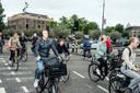 Kruispunt voor fietsers bij het Mr. Visserplein.