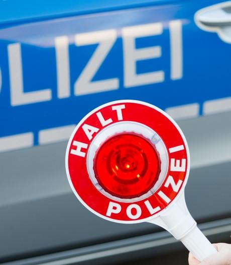 Stagiair (15) veroorzaakt 11.500 euro schade met van klant gestolen auto