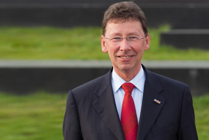De Commissaris van de Koning, Clemens Cornielje.