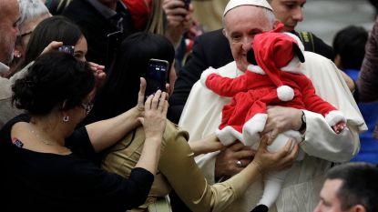 """Paus viseert politici: """"Haat tegen migranten is niet aanvaardbaar"""""""