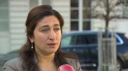 """Burgemeester Bredene verbolgen na """"domme quote"""" van minister Demir over waardebon voor tweedeverblijvers"""