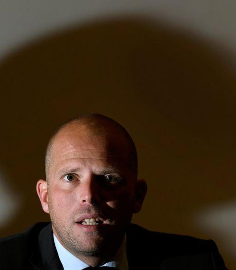 Theo Francken voit sa réforme de l'asile renvoyée en commission