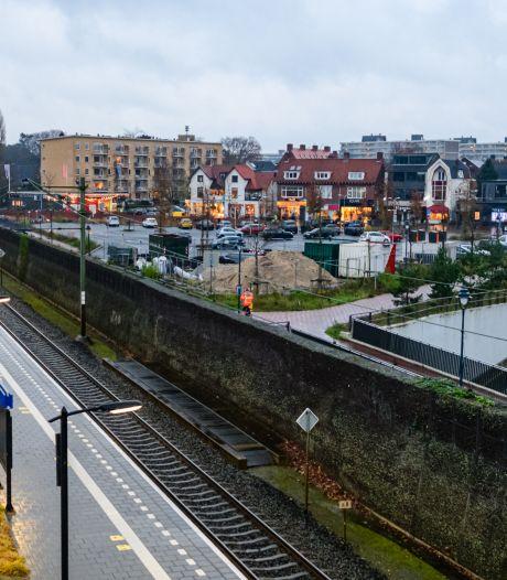 Wethouder Landwehr schrikt van plan 2000 woningen bij station Bilthoven: 'Ik zie het niet gebeuren'