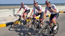 KOERS KORT. Kristoff wint eerste rit in Oman - Campenaerts mag op beide oren slapen: werelduurrecordpoging komt er