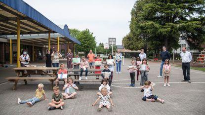 VLEK-school krijgt 600 mondmaskers, gemaakt door de vrijwilligers van Zonnedekens