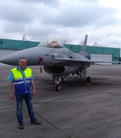Petitie voor behoud oefenen met oude vliegtuigen krijgt wereldwijd steun