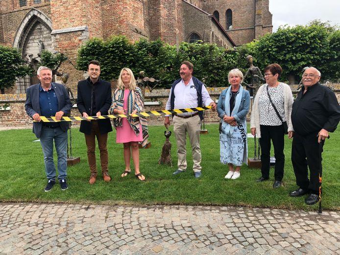 De beeldenroute in Lissewege is geopend.