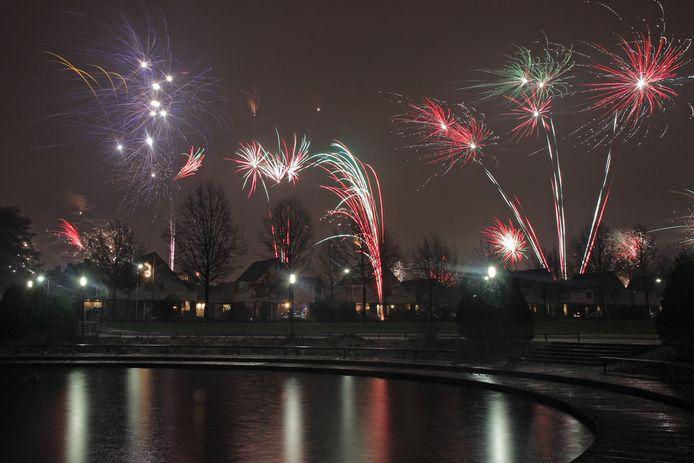Sfeerbeeld van vuurwerk in Oss.