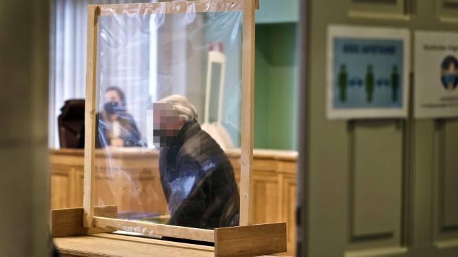 """Zaakvoerder slachthuis Verbist vraagt vrijspraak voor dierenmishandeling: """"Privacy geschonden met undercoverbeelden"""""""