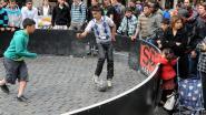Schoolplak krijgt 'pannavoetbalveldje'