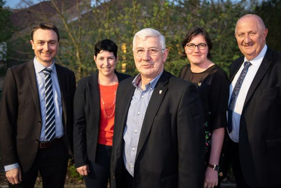 Voorzitter Pierre Penninck met achter hem bestuursleden Kristof Blomme, Sandy De Poortere, Lien Van De Putte en Karel Hubau.