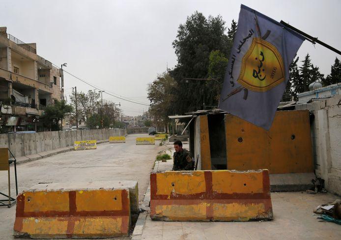 Bij een aanval op een checkpoint in de regio rond de Noord-Syrische stad Manbij kwamen afgelopen nacht minstens zeven aan het SDF verbonden strijders om.