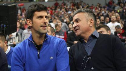 """Papa Djokovic: """"Tennis is een sport voor rijken. Een speler uit het arme Servië past niet"""""""