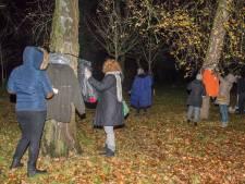 Jassen om te plukken in park Harderwijk