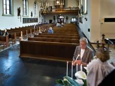 'Fijn dat de kerkklokken weer luidden'; missen in Cranendonck weer hervat