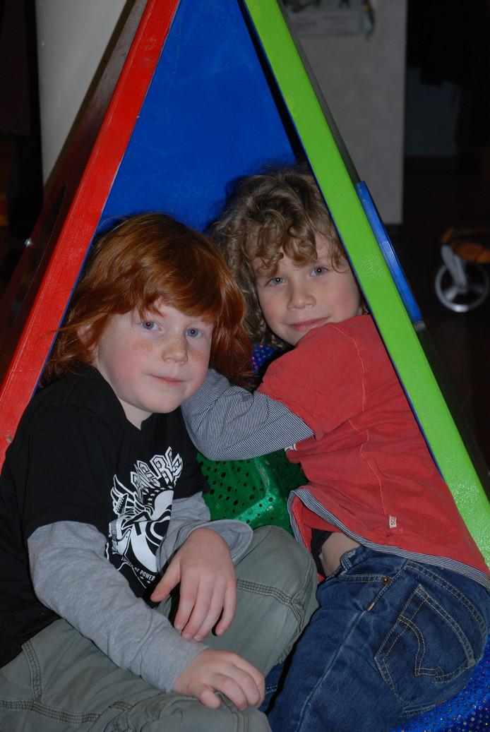 Lekker spelen in de theaterspeeltuin tijdens het Peuterfestival in De Poorterij. foto De Poorterij
