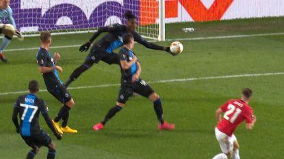LIVE. Deli krijgt rood na oliedomme handsbal, Bruno Fernandes maakt er 1-0 van vanop de stip!