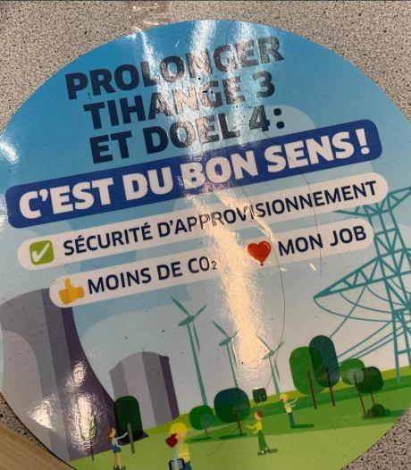 """""""Prolonger Tihange 3, c'est du bon sens"""": des messages pro-nucléaire collés sur les vitrines du siège Ecolo à Huy"""
