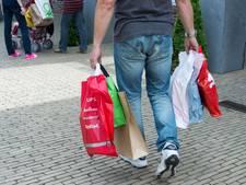 Artikelen voor stuntprijzen in feesttent Genemuiden