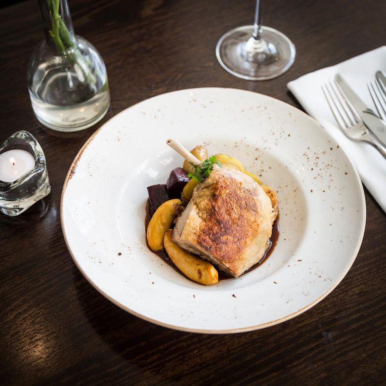 Het restaurant van het Ambassade Hotel Beeld Tammy van Nerum
