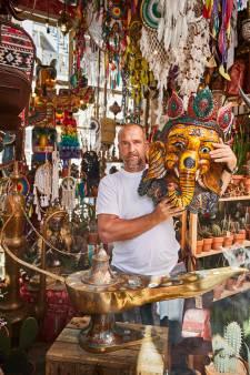 De kleurrijke zaak van Danny de Cactus bestaat 25 jaar: 'Ik loop altijd fluitend naar mijn winkel'