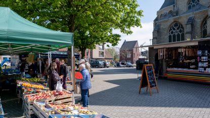Wekelijkse markt op Kerkplein heeft nieuwe opstelling