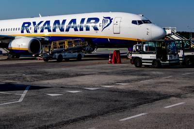 Ryanair moet piloten vliegveld Eindhoven tonnen betalen