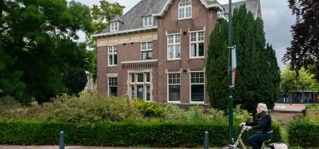 Wie biedt? Beeldbepalende villa in centrum Boxtel in de verkoop