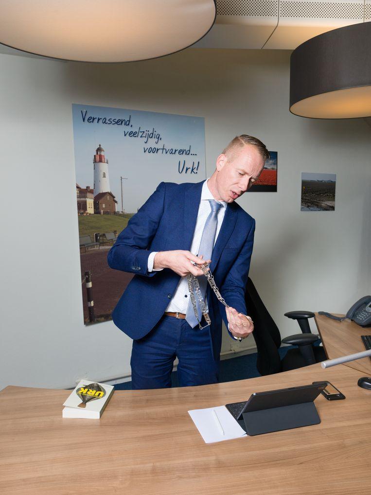 Cees van den Bos, de nieuwe burgemeester van Urk. Beeld Ivo van der Bent