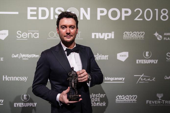 Zanger Tino Martin ontving vorig jaar een Edison voor beste volksmuziek.