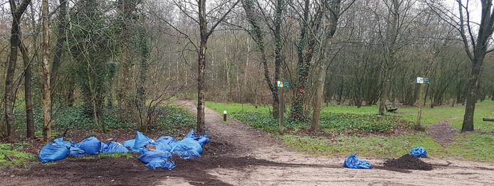 De vuilniszakken werden gevonden in Collendoorn.