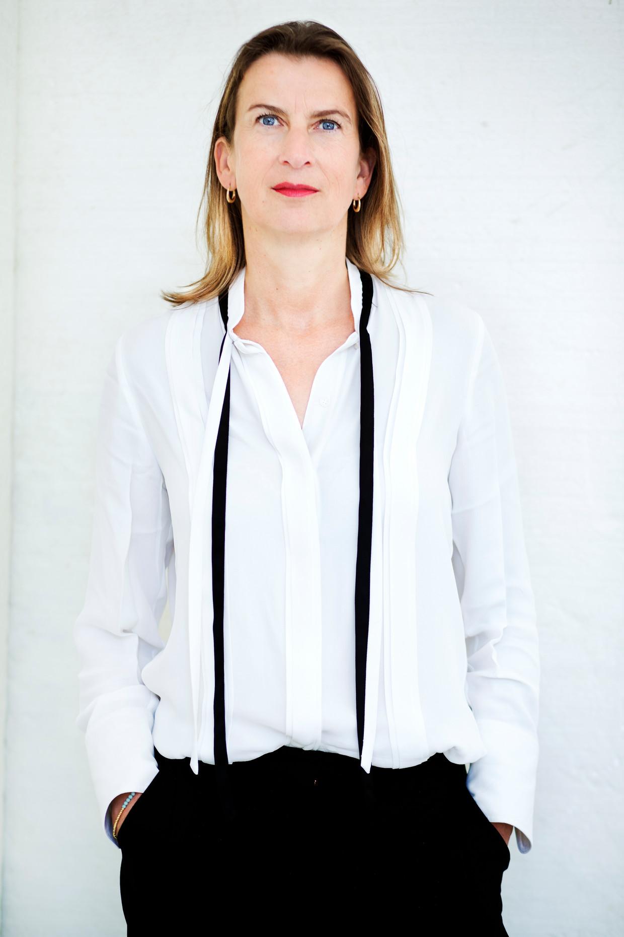 Emily Ansenk verhuist naar Amsterdam voor haar nieuwe baan als directeur van het Holland Festival.' Beeld Lenny oosterwijk