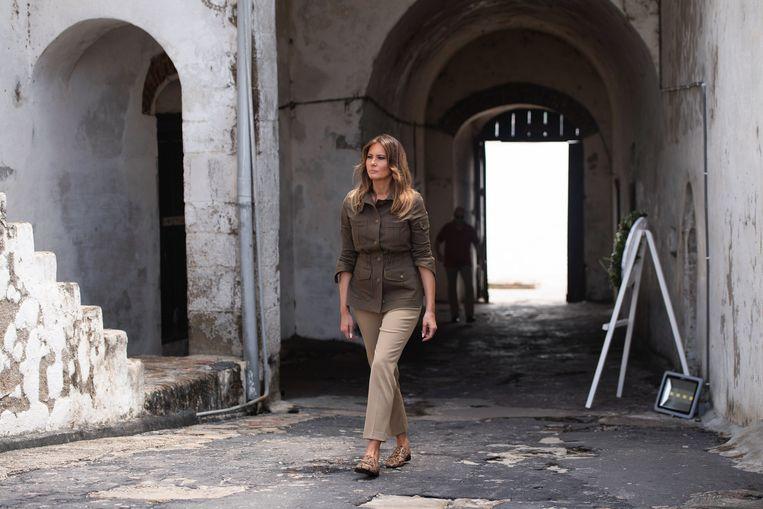 Melania Trump ub eeb safari-jasje.  Beeld null