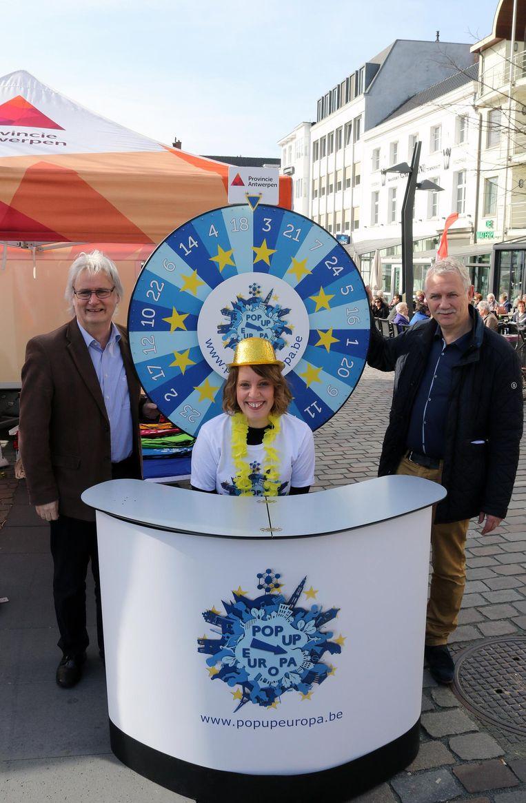 Peter Bellens, Jeannette Zuidema en Eric Vos bij het Europees Rad van Fortuin.