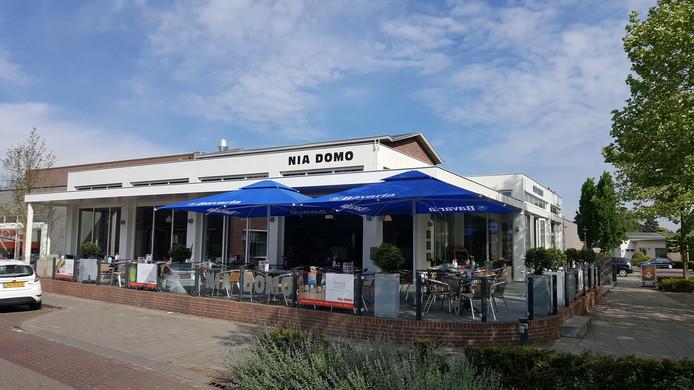 De gemeente Boekel heeft het dak van Nia Domo gratis ter beschikking gesteld om er zonnepanelen op te leggen voor de Boekelaren