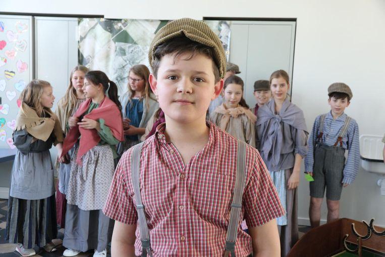 Emiel Rietmaeker (11) en klasgenootjes.