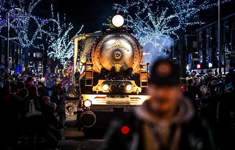 Een voorsmaakje... Op 22 december trok de Kerstparade door het Nederlandse Amstelveen.