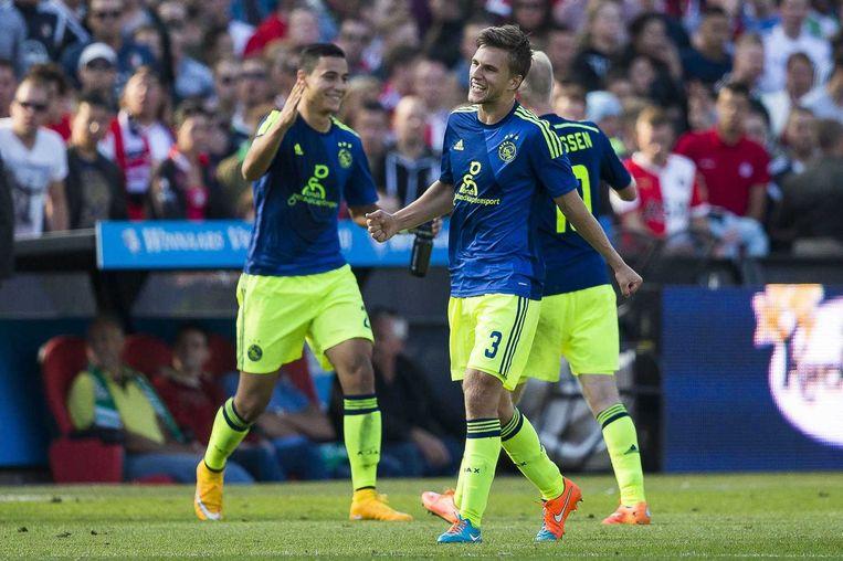Ajax viert de overwinning op Feyenoord. Beeld anp