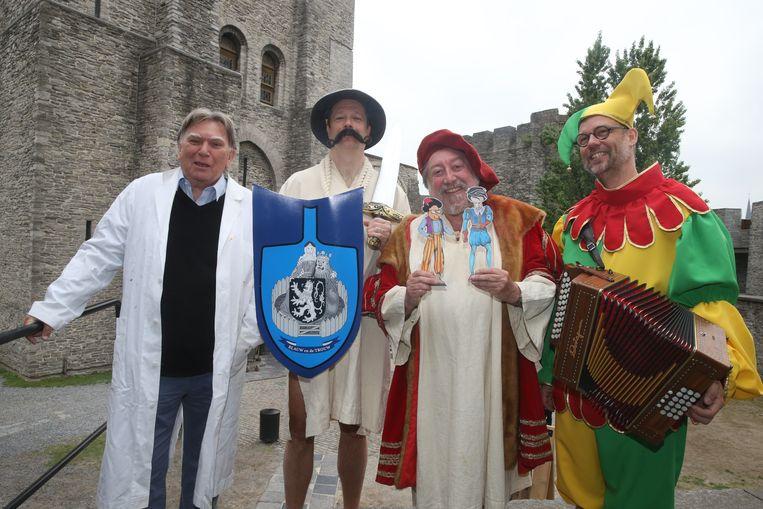 Zaki, Peter Van Haelter, Luk De Bruyker en Wim Claeys, ofte de Ghesellen van de Strop.