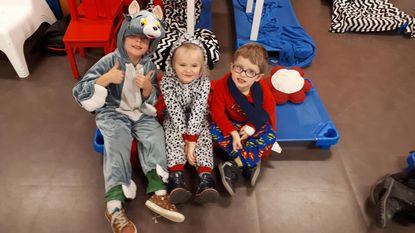 Leerlingen voor één keer in pyjama naar school
