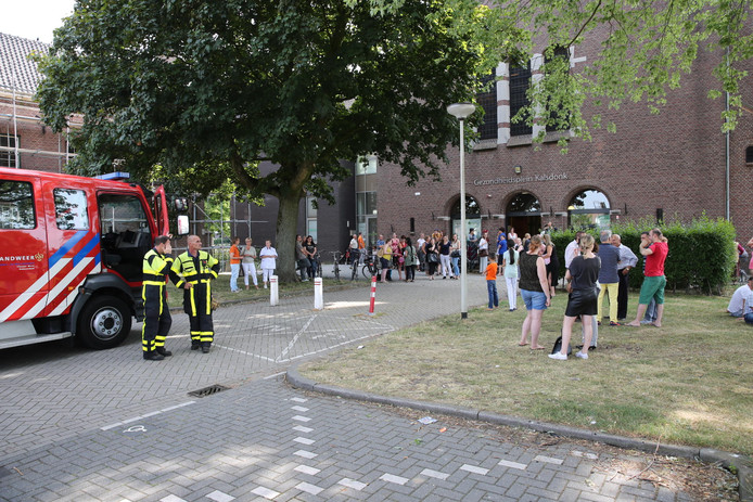 Ontruiming van gezondheidscentrum in Roosendaal.