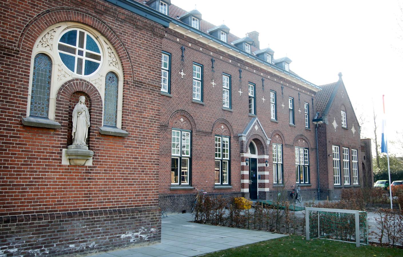 Het Klooster in Waalre wordt door de gemeente verkocht (archieffoto).