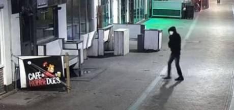 Politie maakt videobeelden van plaatsen granaat in Zwolle openbaar