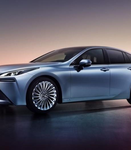 Toyota présente sa voiture à hydrogène deuxième génération