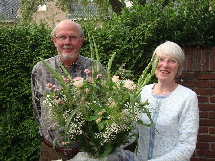 Bert Boonstra verhuisde naar Amerika en ontmoete daar later zijn Canadese vriendin met Nederlandse roots. Jane, ook wel Jansje, en Bert waren 50 jaar getrouwd.