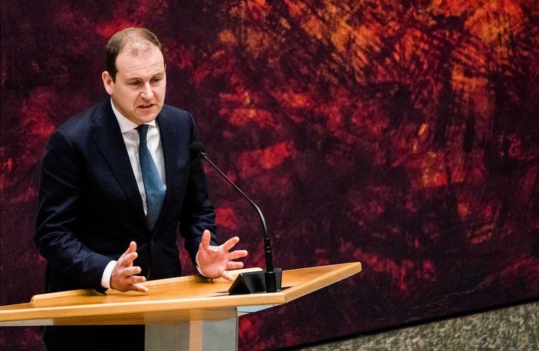 Lodewijk Asscher (PVDA) tijdens het Tweede Kamerdebat over de ontwikkelingen rondom het coronavirus. Beeld ANP